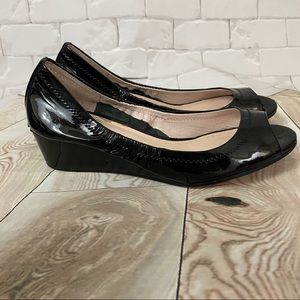 Vince Camuto Patent Leather Peep Toe 7.5